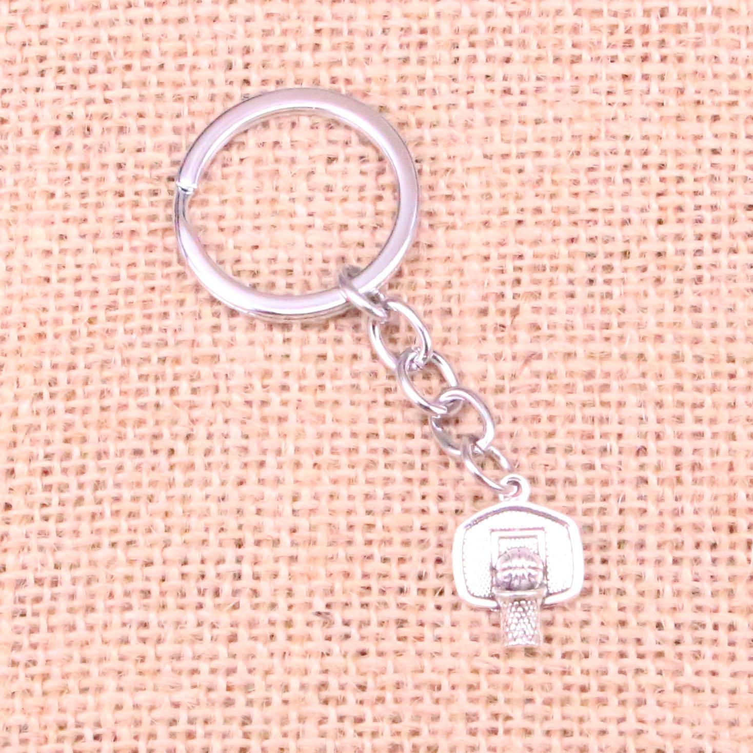 LLavero de canasta de baloncesto de 20 piezas 20*15mm colgantes coche llavero con anilla soporte recuerdo de llavero regalo de joyería