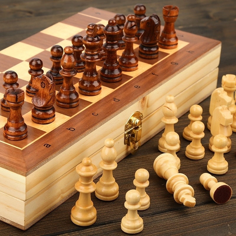Wooden Chess Set Folding Magnetic Large Board With 34 Chess Pieces Interior For Storage Portable Tra