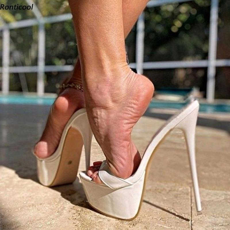 Ronticool اليدوية المرأة منصة Slingback الصنادل براءات الاختراع والجلود مثير خنجر كعب المفتوحة تو حذاء أبيض جميل لنا حجم 5-20