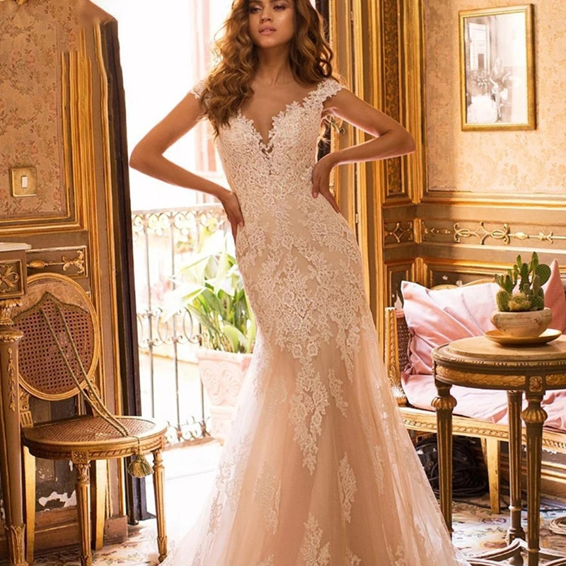 Get Wedding dress Mermaid wedding dress sleeveless v-neck luxury retro wedding gown big skirt lace plus size