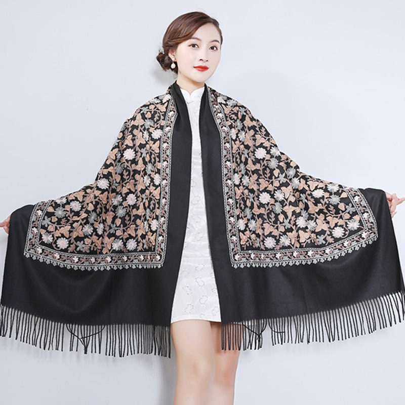 Chal negro chino bordado bufanda mujer invierno cálido capa larga borla elegante nuevo Poncho bufandas invierno mujer 2020
