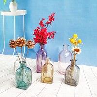 Миниатюрная стеклянная ваза Посмотреть