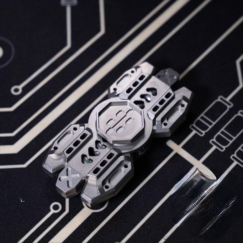 Chuck Zero ECD Linghui Linkage Fingertip Gyro Yao Guang Suit Titanium Alloy Copper Material enlarge