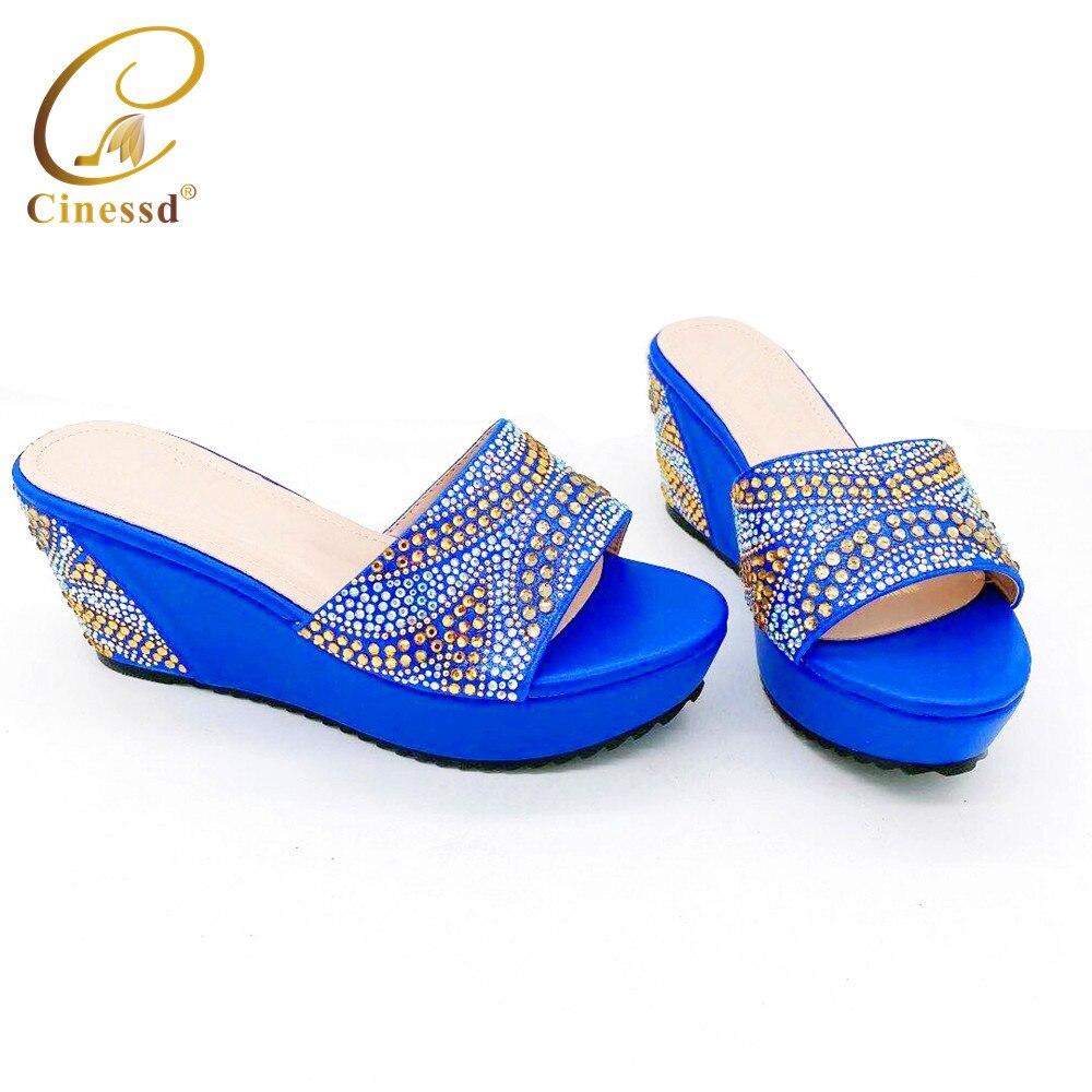 Sandalias de mujer de último diseño con tacones, zapatos de vestir para mujer, zapatos elegantes con punta abierta de cristal, zapatos de tacón alto de Italia, zapatos de boda para mujer