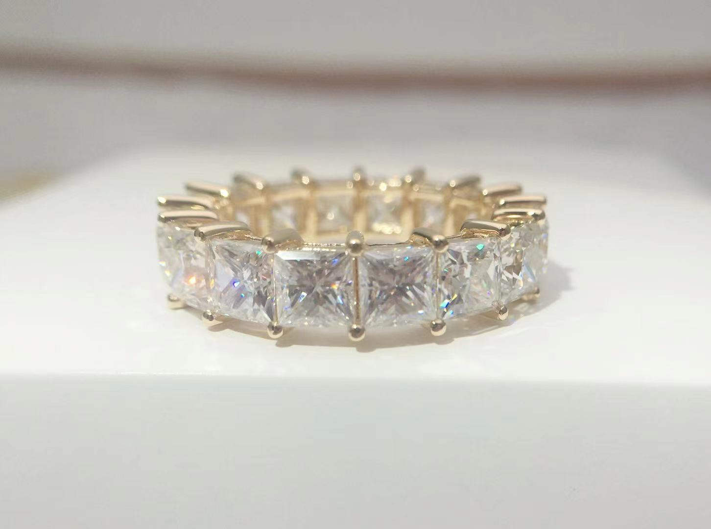 VVS D 18K الذهب Au750 الأميرة ساحة 8 قيراط مويسانيتي الفاخرة خاتم الماس الكامل الشريط