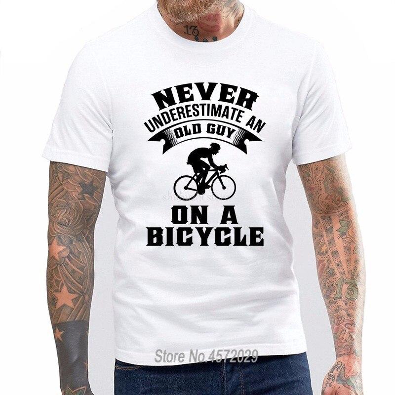 Camisetas de moda para hombres 6tn para hombres nunca subestime A un viejo en una bicicleta divertida camiseta ciclista talla Europea sbz4098