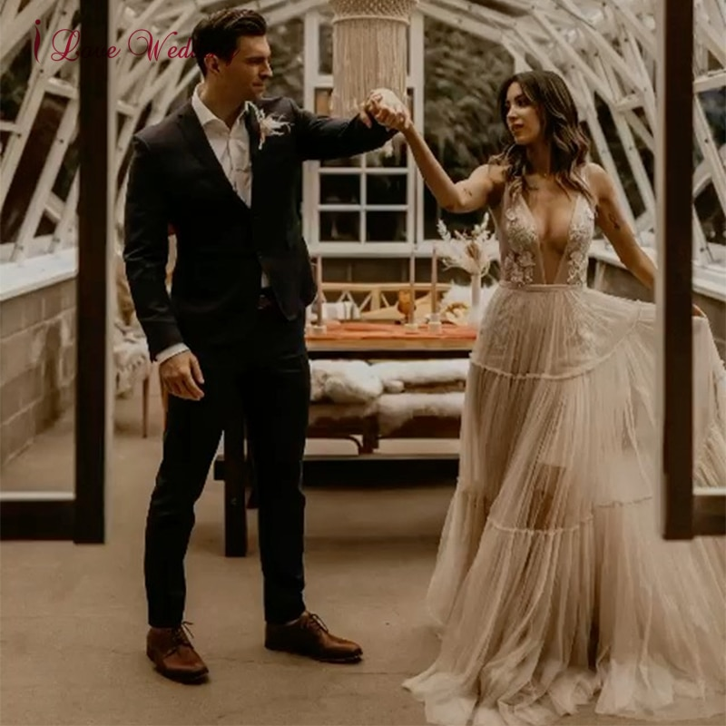 Promo Boho Beach Wedding Dress A-Line Backless Plunge V Neck 3D Flowers Bride Dresses Princess Floor Length Wedding Gowns 2021