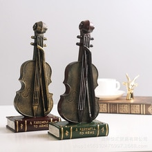 Retro Violin Resin Craft Creative European Vintage Style Resin Old Handle Violin Bar Home Art Miniatures Crafts