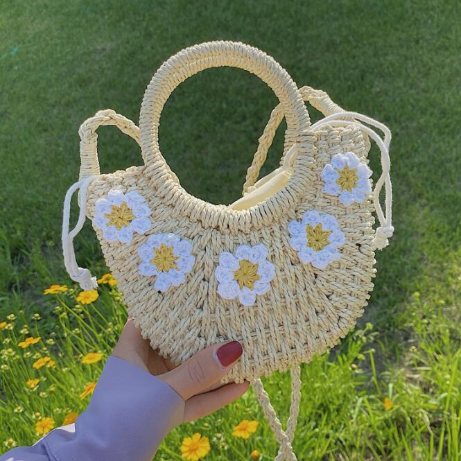 New Beach Bags Portable Straw Hand-woven Handbags Temperament Vacation Girl Shoulder Bag Summer Lady Tote Female Messenger