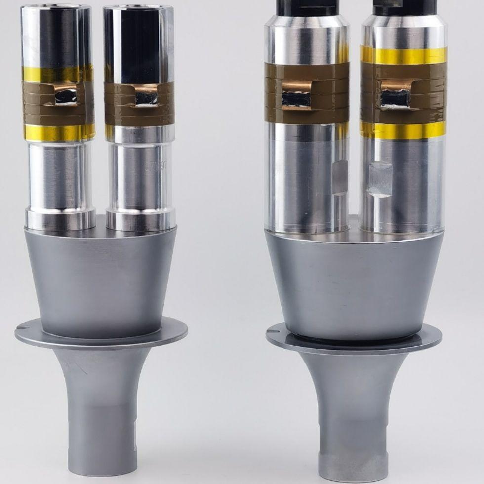 15K 4200 واط عالية الطاقة بالموجات فوق الصوتية لحام محول آلة الملحقات مع الداعم للصناعة ماكينة لحام البلاستك