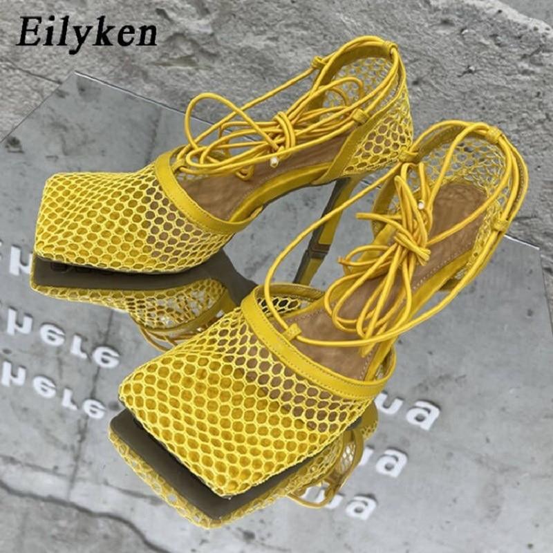 Eilyken 2021 جديد مثير الأصفر شبكة مضخات الصنادل الإناث ساحة تو عالية الكعب الدانتيل يصل عبر تعادل خنجر جوفاء فستان أحذية