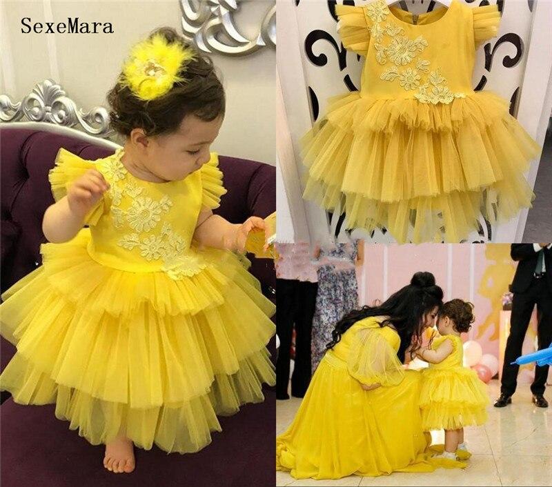 طفل الفتيات الملابس الأصفر منتفخ تول الدانتيل أعلى زهرة فتاة اللباس الرضع الأولى عيد ميلاد حزب ثوب 9M 12M 18M 24M