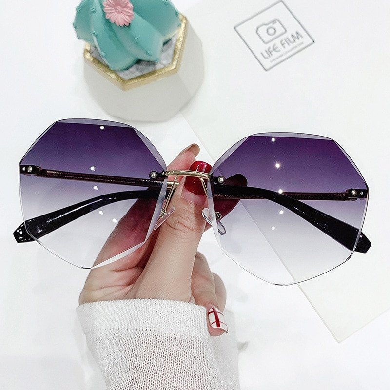 ZXWLYXGX 2021 Fashion Tea Gradient Sunglasses Women Ocean Water Cut Trimmed Lens Metal Temples Sun G
