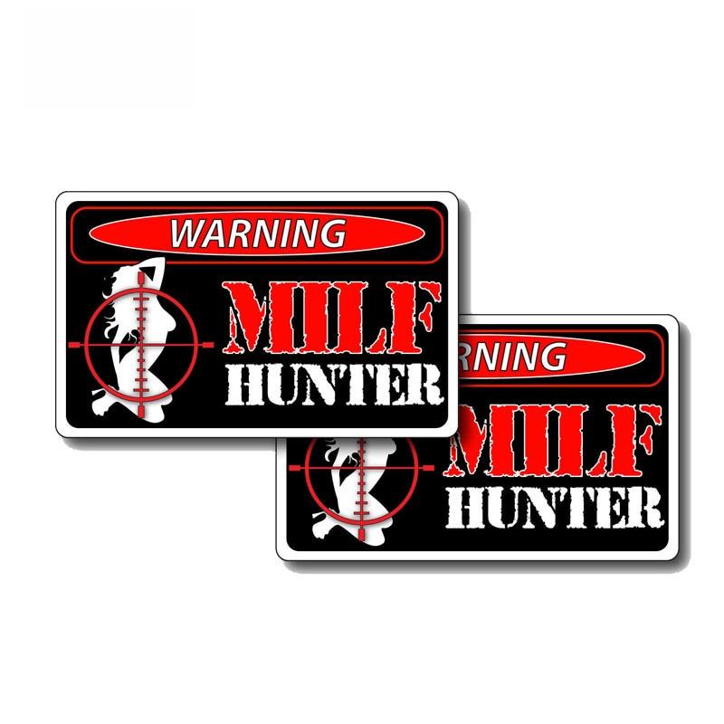Milf Hunter-calcomanía de PVC para chica, pegatina de coche creativa, 12cm X 7cm, 2 uds.
