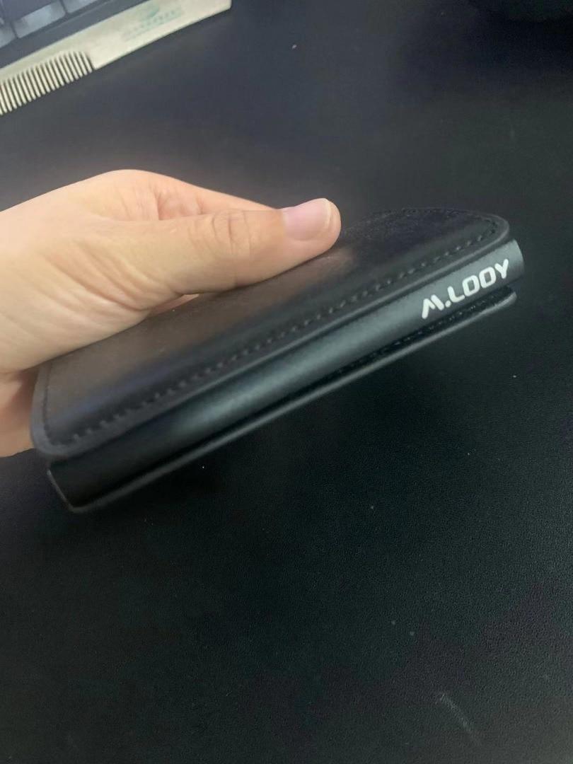 200pcs black magnet goods and 50pcs brown card holder