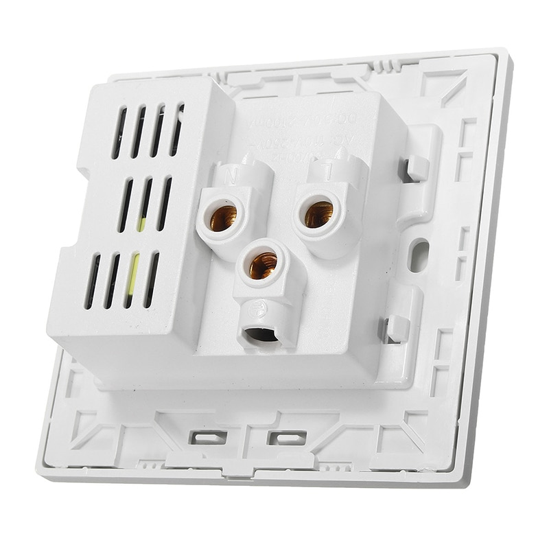 Universal 2100mA 5V Wall Socket 110-250V With 2 USB Ports Outlet Compatible US Power Plug For Smart Phone Tablets MP3 Smart Home
