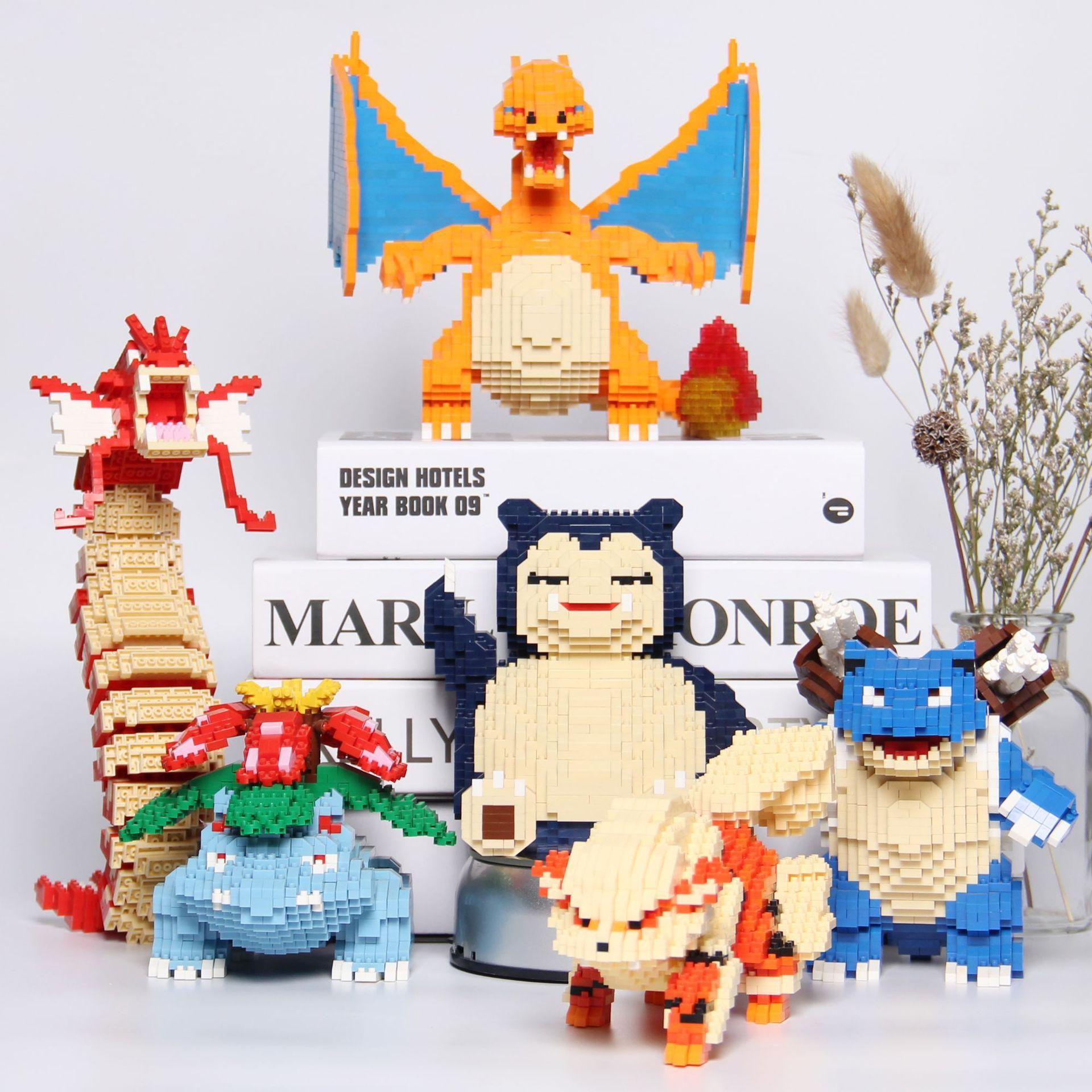 Mini bloque Anime Snorlax Charizard Bulbasaur figura modelo edificio Blastoise Gyarados DIY montado Mini ladrillos para regalo de niños