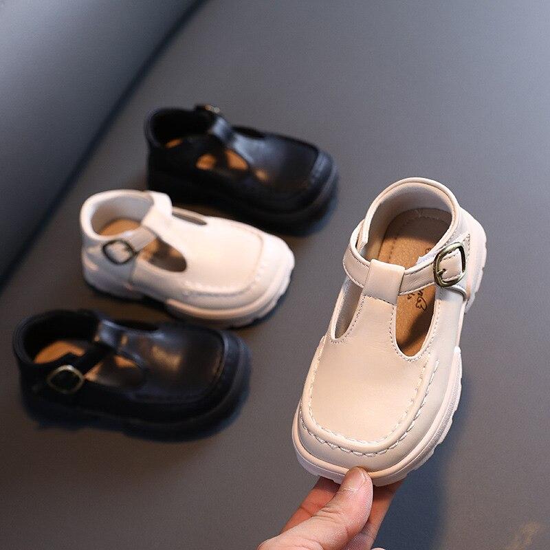 الخريف طفل الفتيات أحذية من الجلد الأميرة لينة وحيد أحذية من الجلد 1-3 سنوات من العمر حذاء للأطفال