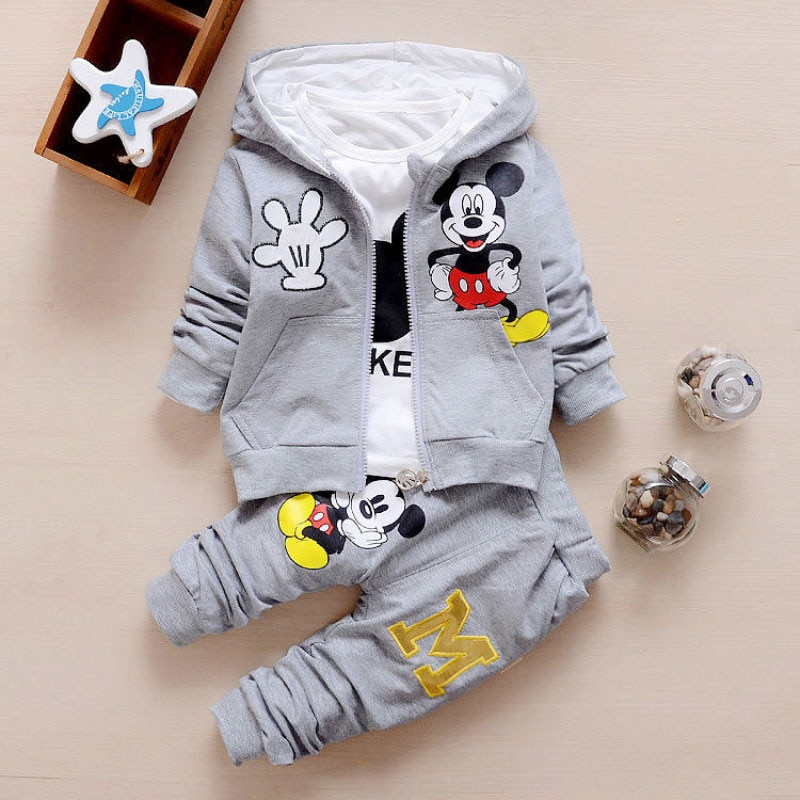 Conjuntos de ropa para bebés y niñas conjuntos de ropa para niños de primavera y otoño con capucha + Camiseta + Pantalones 3 uds chándal ropa para niños traje deportivo