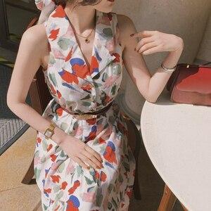 Женское шифоновое платье-рубашка с поясом, элегантное винтажное облегающее платье с цветочным принтом и V-образным вырезом, лето 2021