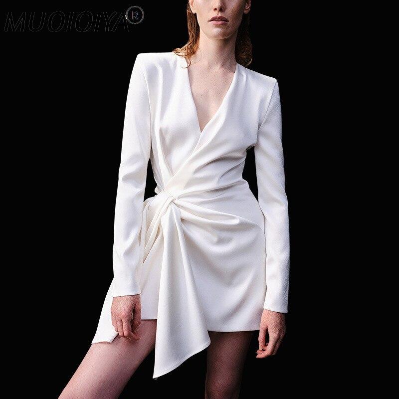 موضة خريف 2021 فستان نسائي طويل الاكمام مع فتحة رقبة شكل V مصمم عالي الجودة فساتين حفلات صغيرة بيضاء للنادي الليلي