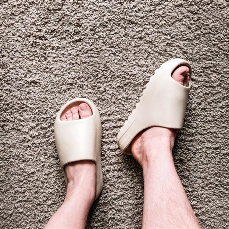 outdoor comfortable soft slippers Men women Indoor bathroom home shoes Flat EVA Thick sole Slides summer sandals slides men
