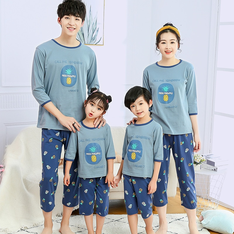 Family Matching Pajamas Set Summer Cotton Sets Mother Daughter Clothes Mother Kids Sleepwear Family