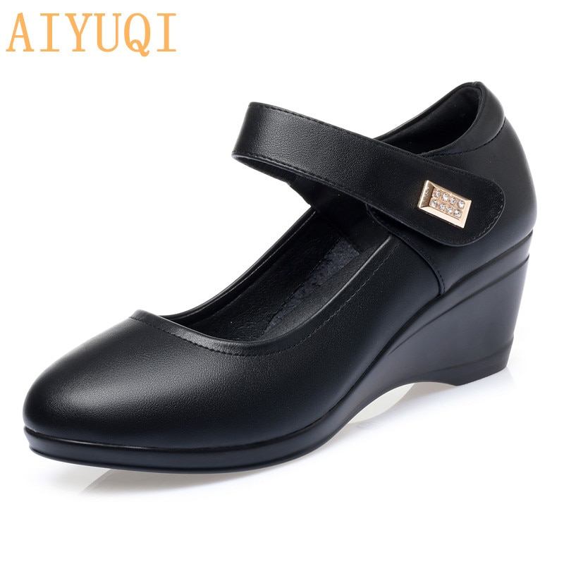 Mom Shoes High-heel Wedge 2021 New Women Autumn Shoes Round Head Mid-aged Shallow Mouth Ladies Shoes