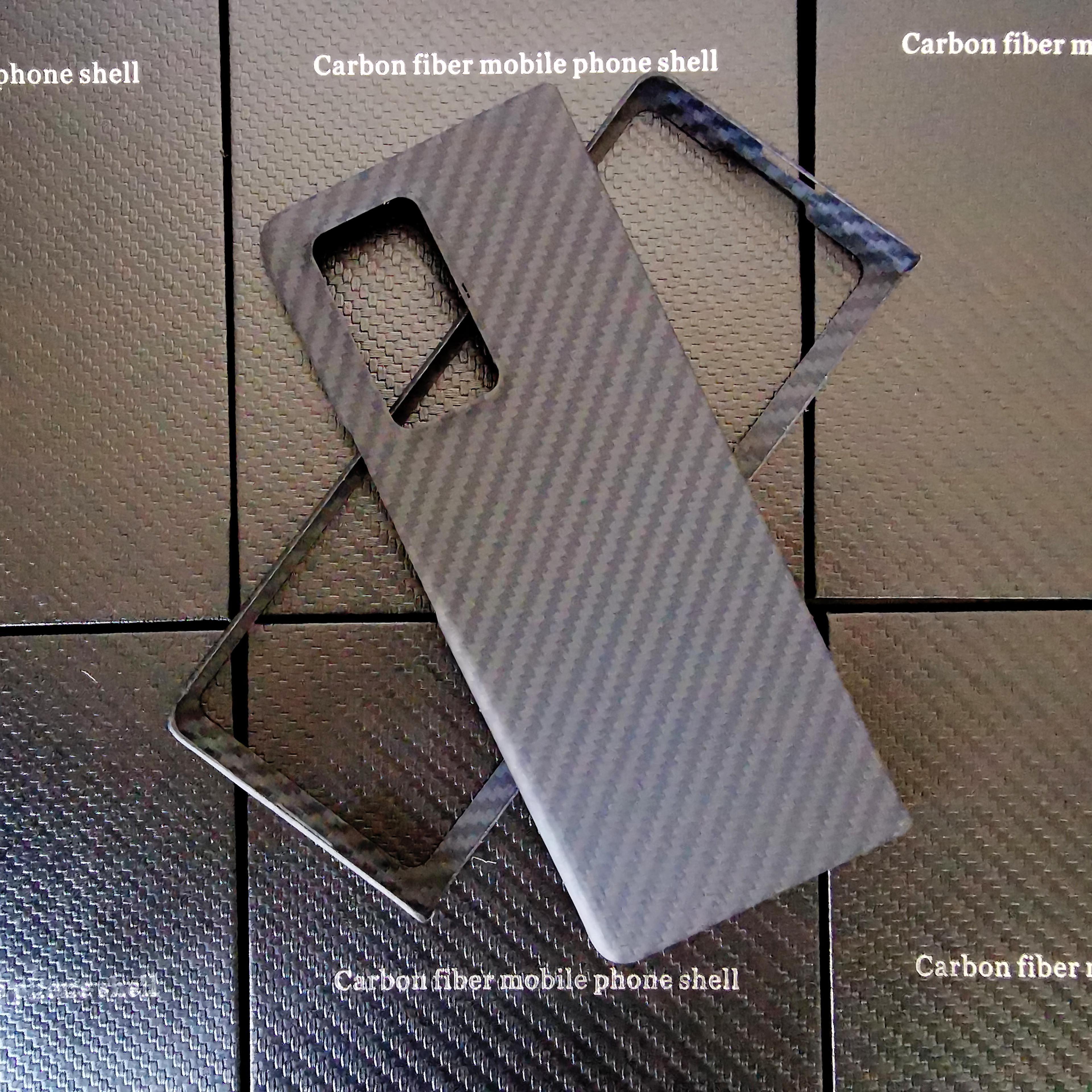 غلاف عالي الجودة 2 في 1 من ألياف الكربون الأصلية 100% غير اللامعة لهاتف Samsung Galaxy Z Fold2 ، غلاف من ألياف الأراميد