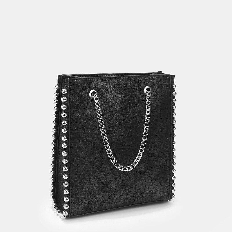 2020 della molla di Nuovo Stile-Rivettata Decorativo Shopping Bag Toth DONNA Borsa Casual Borsa A Tracolla A Catena A Mano Big Bag boston scain borsa