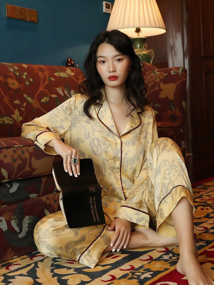 بيجامة من الحرير للنساء بدلة موضة نمط قطعتين بنطال بأكمام طويلة بيجامة من الحرير للنساء