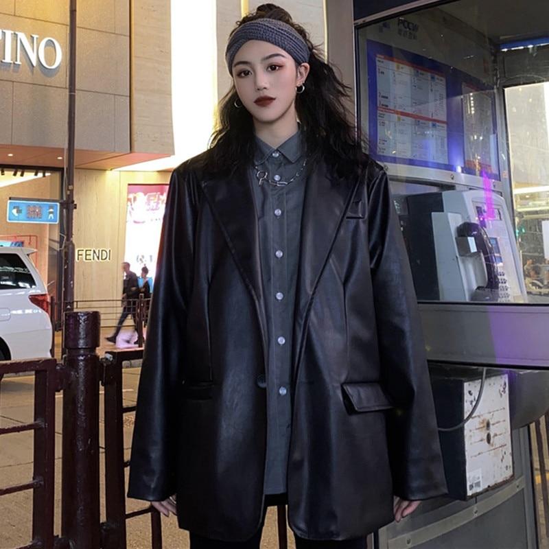 Новинка 2021, корейский черный кожаный мотоциклетный пиджак, винтажный теплый женский свободный костюм с длинным рукавом, блейзеры, модная ул...
