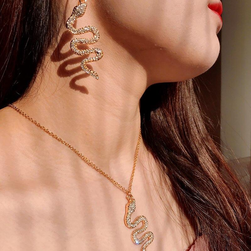 Pendientes inusuales de moda con colgante de serpiente de cristal para mujer, pendientes para mujer, conjunto de joyas 2020 de Color dorado