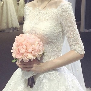 Off Shoulder Wedding Dresses Lace Half Sleeves Floor Length Tulle Simple Vintage Bridal Gowns Fall Winter