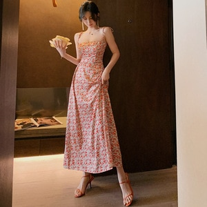 Summer 2020 Off Shoulder Backless Dresses Woman Party Night Big Swing Slim Red Spaghetti Strap Dress Print Floral Women Dresses