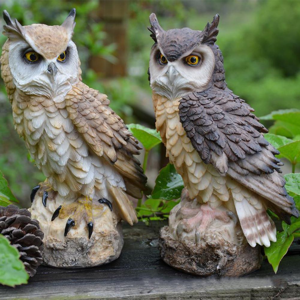 Simule o adorno realista do chamariz da forma da coruja para o jardim das aves ao ar livre simula a decoração da forma da coruja 11cm x 8cm x 18cm