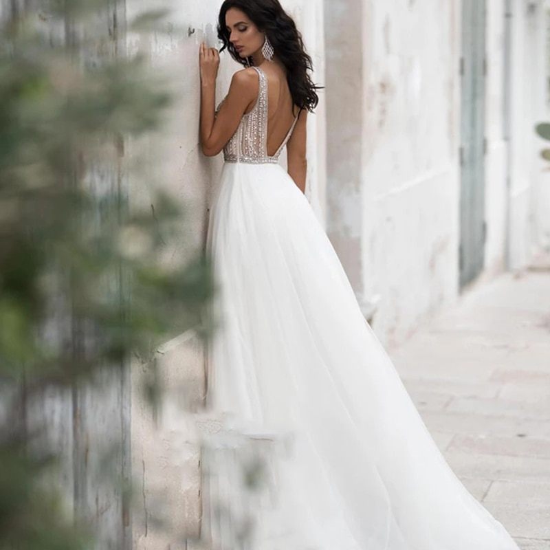 Get Wedding dress Lace wedding dress sleeveless v-neck luxury wedding gown sequins hand drill retro backless big skirt