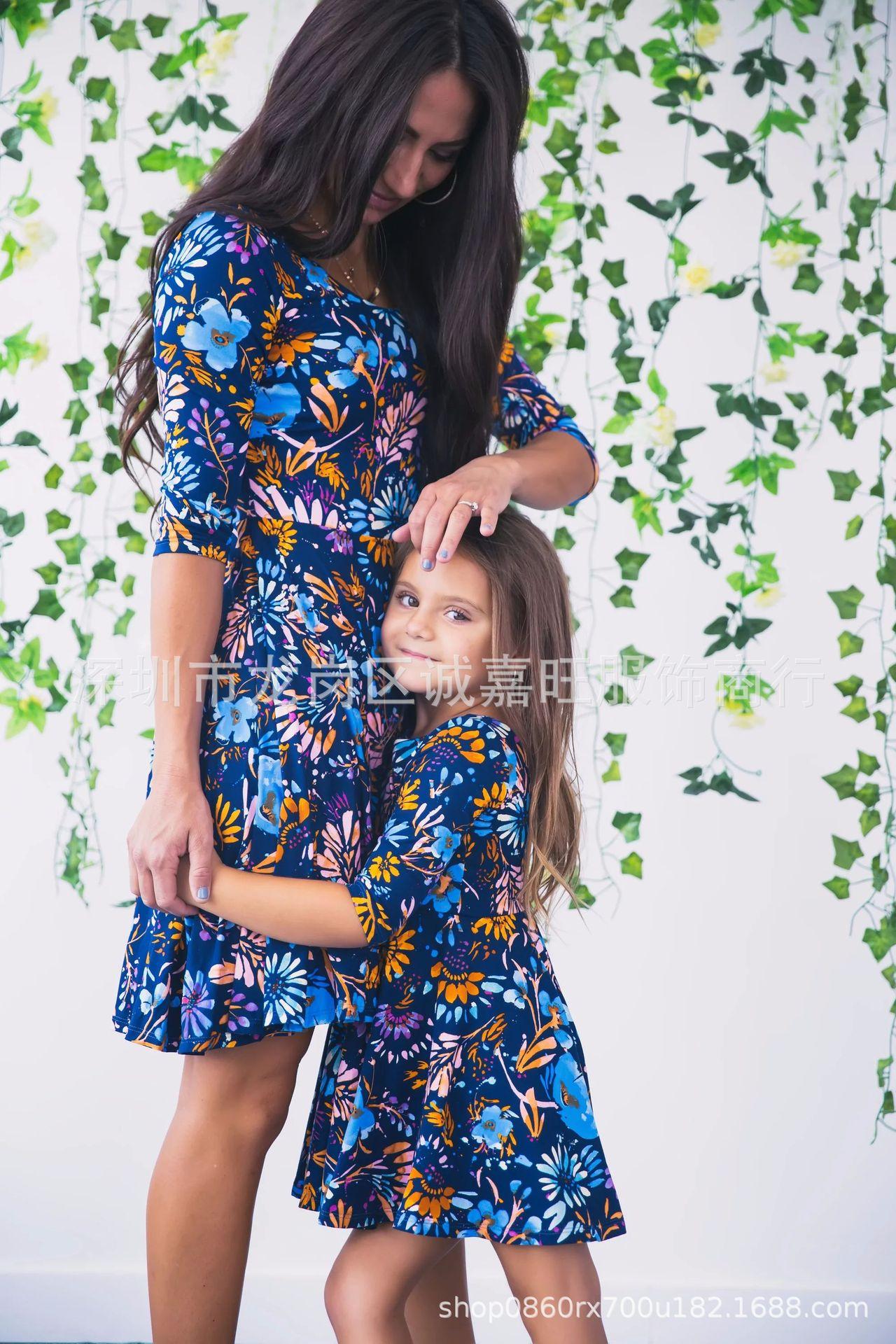 Vestidos de madre e hija con estampado Floral azul hasta la rodilla para mujer