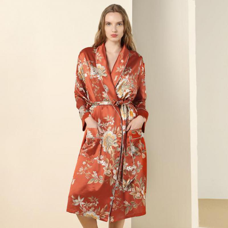100% Silk LADY ROBE Gown Print Chinese Style V-neck Bathrobe Women Long Luxurious Bridal Wedding Morning Gown Loose Sleepwear