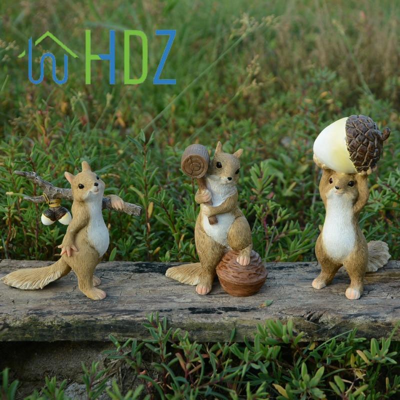 Mini Squirrel Animal Figurine for Fairy Garden Bonsai Micro Landscape Ornament Home Decoration Friends Gift Decor