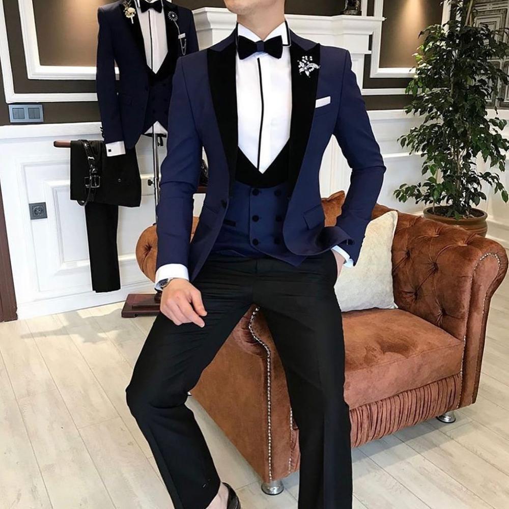 بدلة رسمية من ثلاث قطع باللون الأزرق الداكن مع طية صدر السترة للرجال ، بدلة رسمية لحفلات الزفاف (جاكيت + بنطلون + سترة)