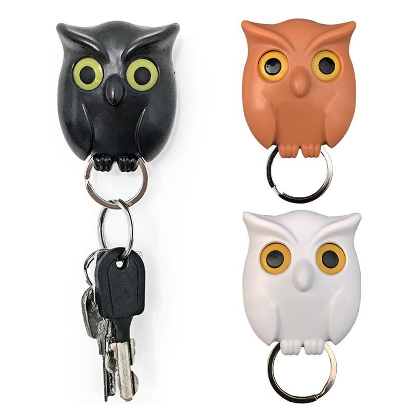 Burung hantu malam 1pcs berwarna hitam, putih dan coklat, pemegang kunci dinding magnetik, magnet tetap cangkuk, jika anda menggantung kunci, burung hantu akan membuka matanya