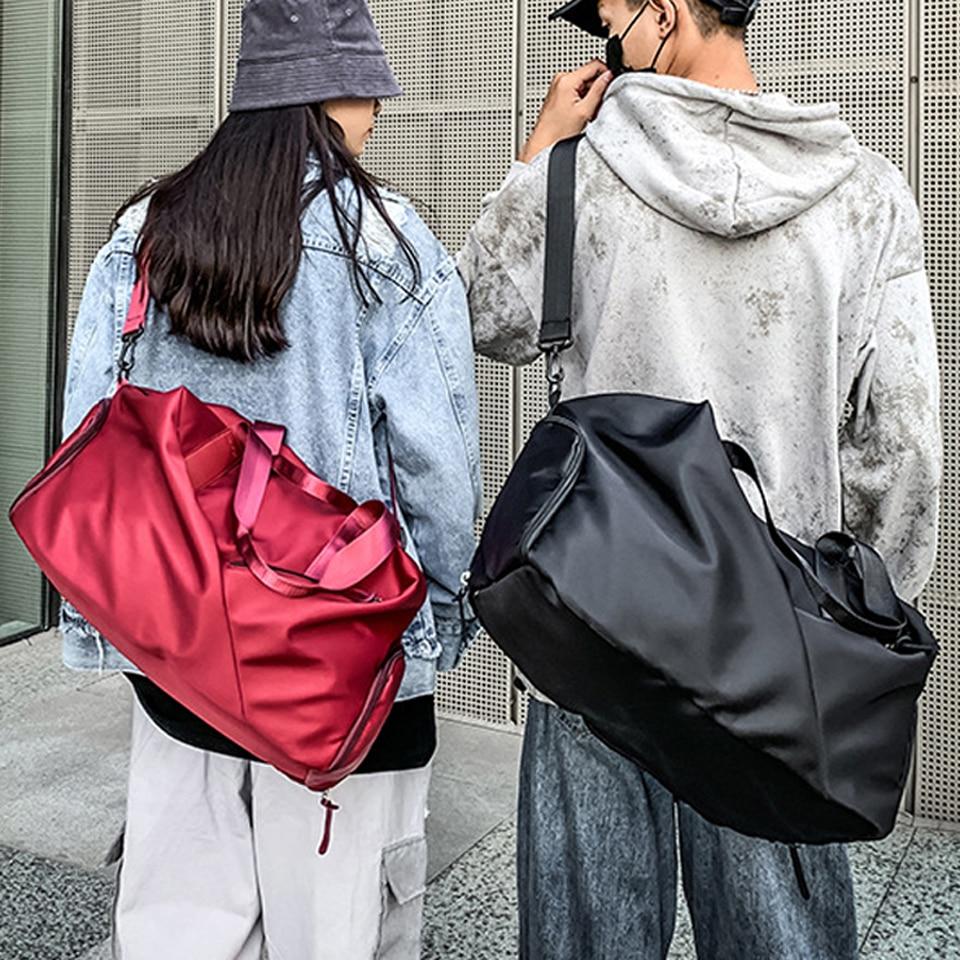 Big Outdoor Sports Bag Women Men Gym Fitness Training Bags Waterproof One Shoulder Sport Backpack Yoga Handbag Gym Bag Sac De
