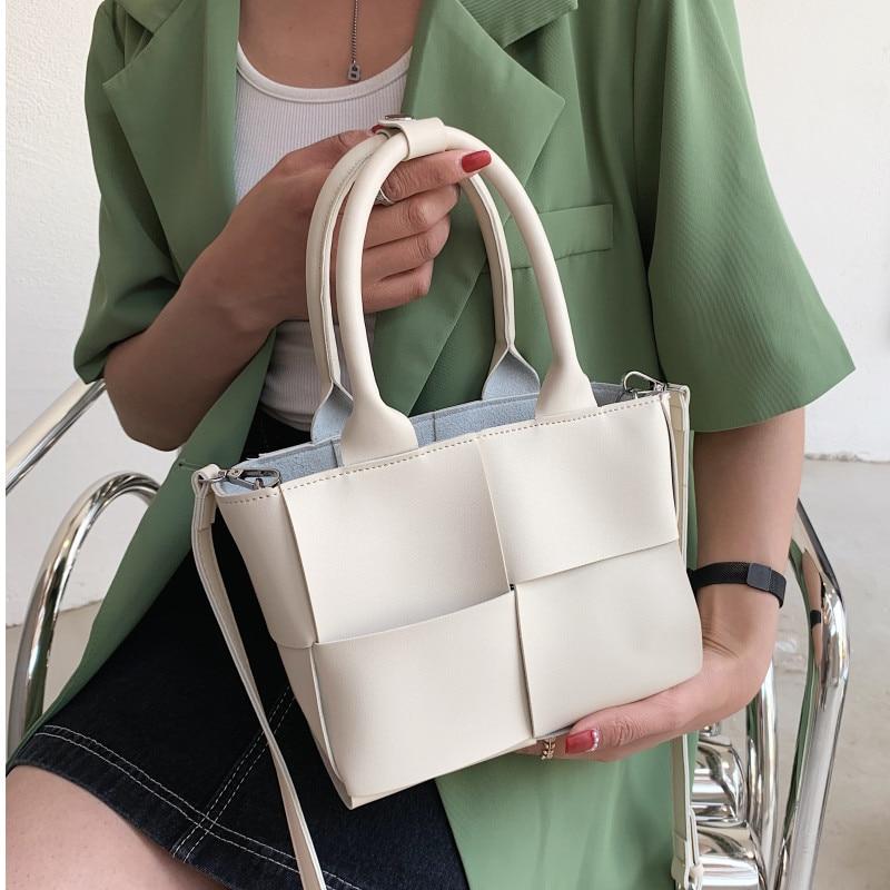Beige Weave Tote Bags Women Luxury Soft Leather Shoulder Bags Brand Designer Crossbody Messenger Bag Ladies Summer Composite Bag