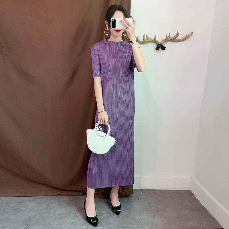 Plus Size Dress For Women Summer Stretch Miyake Pleated Round Neck Short Sleeved Solid Color Loose Casual Dress Midi Sale