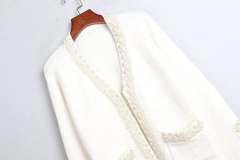 1102 2020   Autumn Sweater Free Shipping V  Neck Long Sleeve Kint Beads  Black White Fashion Womens Clothes  S m L    dl enlarge