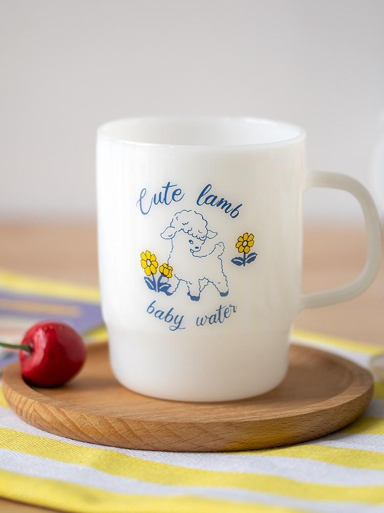 نادر أبيض حليبي الزجاج مع مقابض العتيقة نمط خمر الفرنسية الكرز مقاومة للحرارة الحليب فنجان القهوة