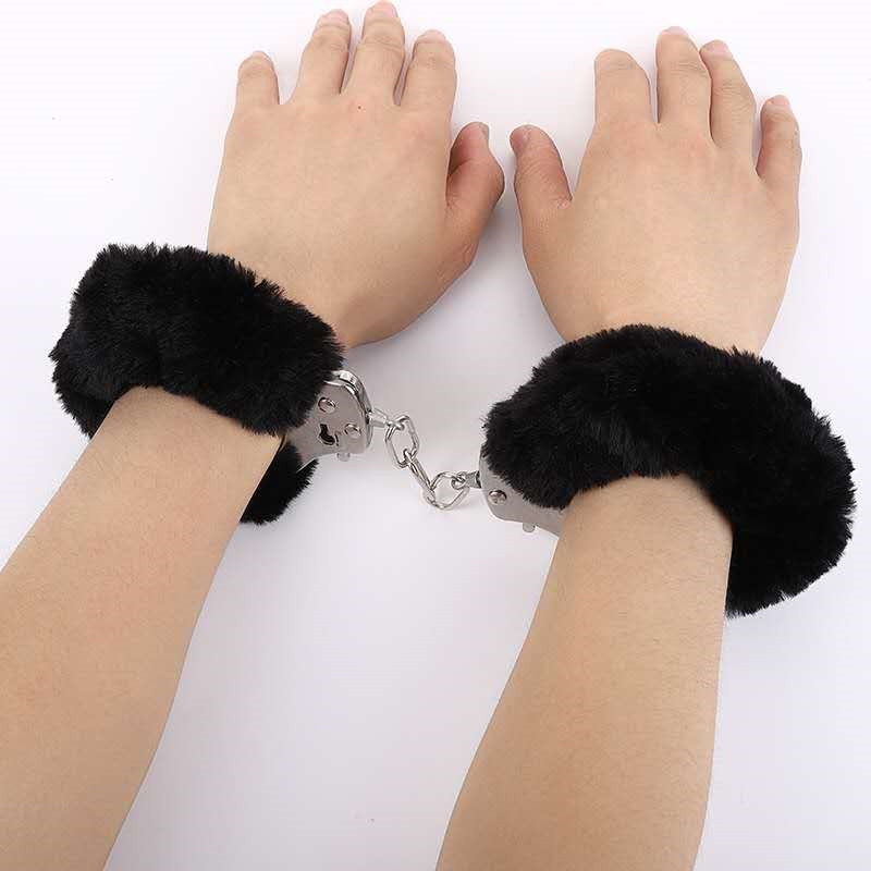 Fake play stainless steel Plush thumb handcuffs key binding lock metal handcuffs slave restraint BDSM tool toy Cosplay game