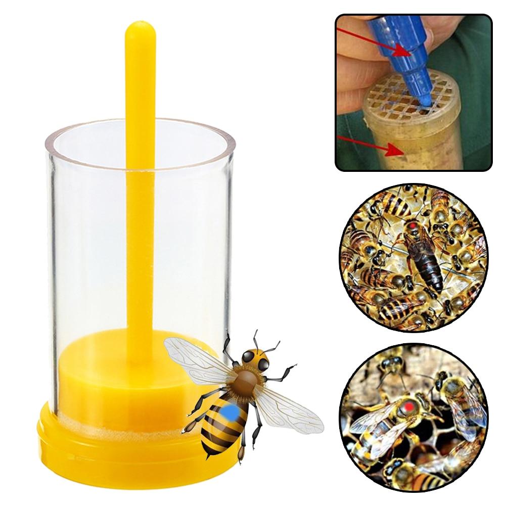 1Pc Bee Queen Marker Bottle Bee Mark Cage Plastic One Handed Marking Catcher With Plunger Plush Garden Beekeeping Supplies недорого