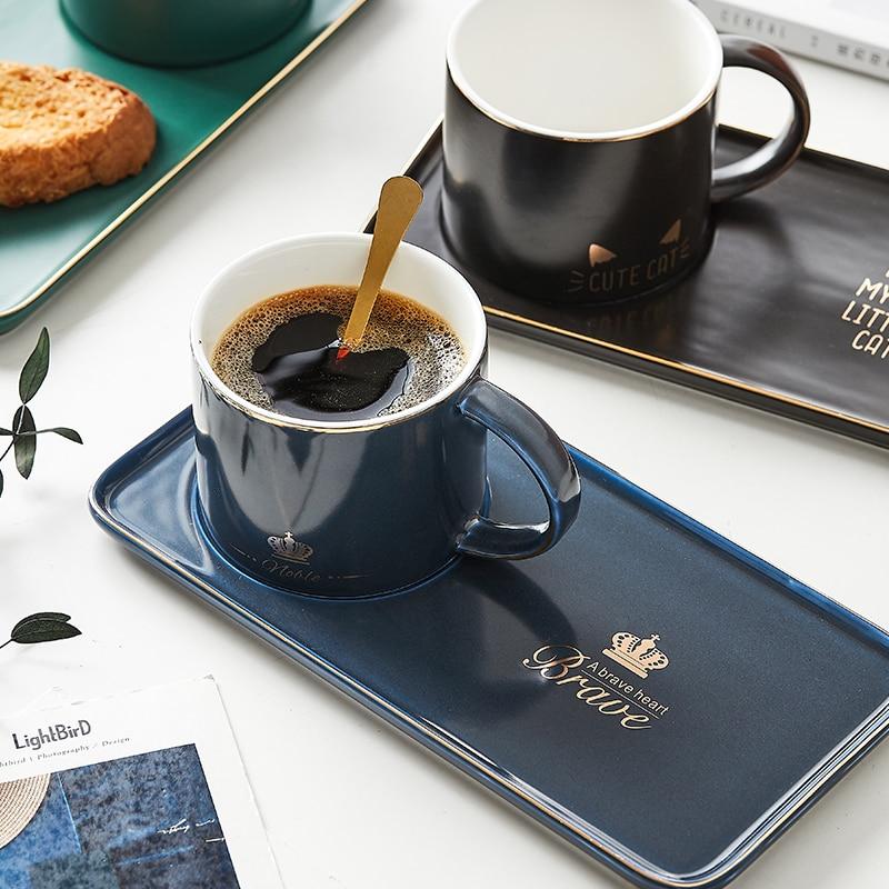 Juegos de tazas y platillos de té de porcelana China modernas tazas de té de Oficina Europea de alta cerámica Copo Com Canudo taza y platillo OO5BD